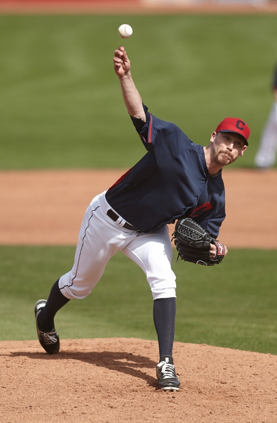 Closer John Axford went 1 inning walking 1 and striking out 2 batters.